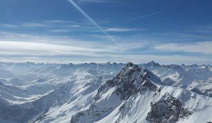 Narty w Alpach – to nie musi być drogie