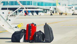 Czym wygodnie dojechać na lotnisko z bagażem rejestrowanym?