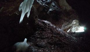 Jaskinia Dziura koło Zakopanego w TPN