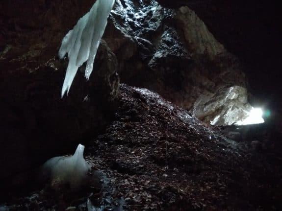 Jaskinia Dziura od środka