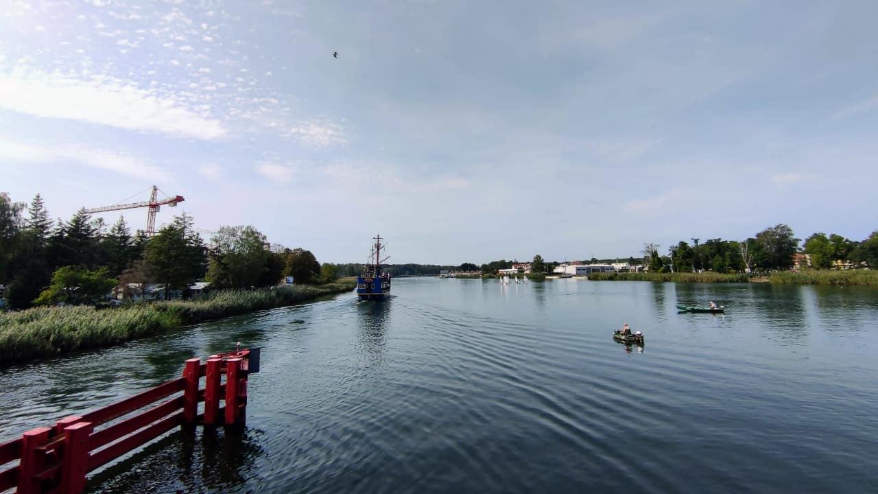 Widok z mostu zwodzonego w Kołobrzegu